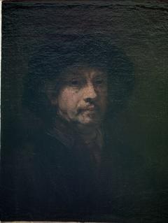 Self-portrait (enlarged on all sides)