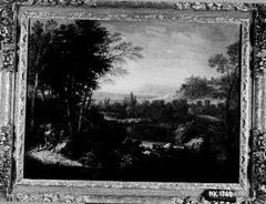 Heuvelachtig landschap met twee ruiters