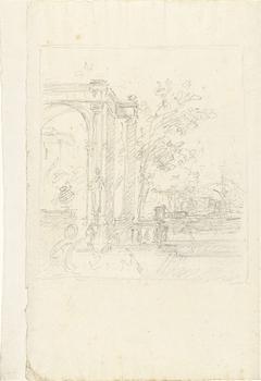 Portico met beelden en tuin