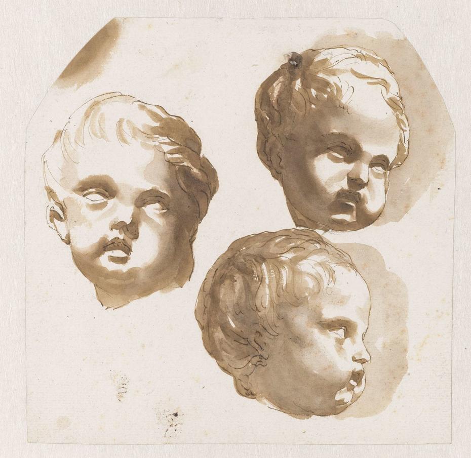 Kinderhoofdje van drie kanten gezien