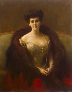 Portrait of Countess Gogonfelsen (Princess Olga Paley)