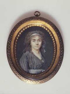 Portrait d'une jeune femme en demi-deuil