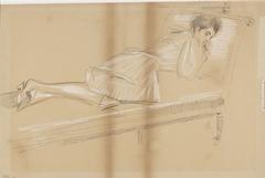 Vrouw voorover liggend op rustbank