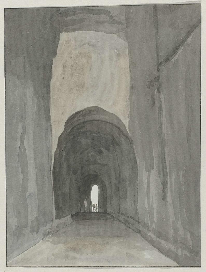 Ingang van grot Crypta Neapolitana (of Grotta di Posillipo) aan de kust van Pozzuoli