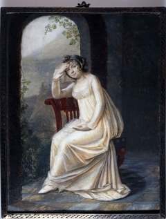 Portrait en pied d'une femme tenant une lettre