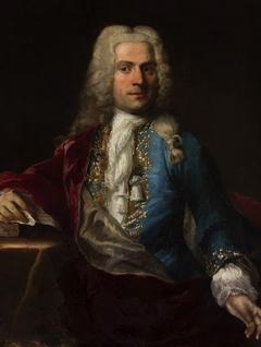Portrait of a man in a wig a la lion.