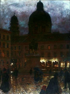 Wittelsbacher Square in Munich at night
